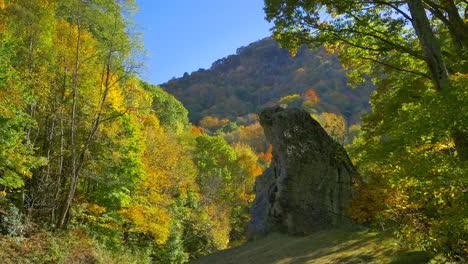 North-Carolina-Blue-Ridge-Parkway-standing-rock-mov