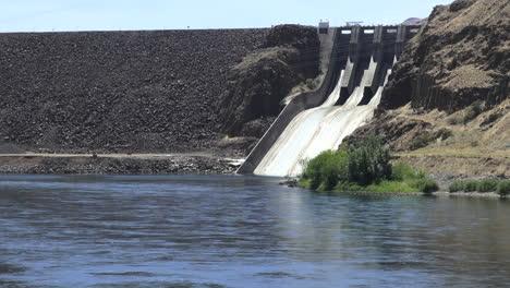 Oregon-Brownlee-Dam-near-Farewell-Bend