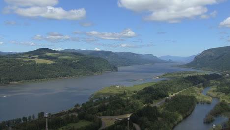 Oregon-Columbia-Gorge-view