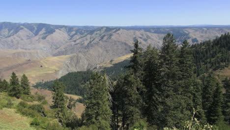 Oregon-Hells-Canyon-pan-left