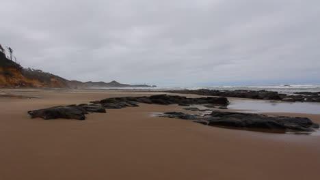 Oregon-coast-mid-tide-rocks