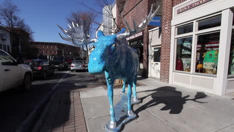 Bennington-Vermont-blue-moose-face