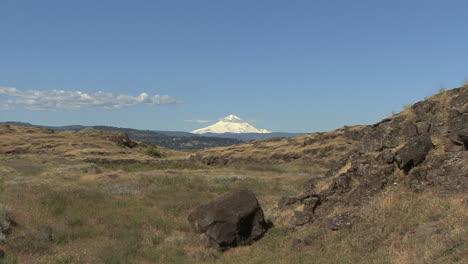 Washington-Mount-Hood-Rock-Und-Grasland