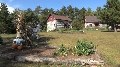 Reedsburg-Wisconsin-Pioneer-Log-Village-with-garden