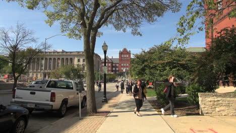 Estudiantes-De-La-Universidad-De-Wisconsin-Madison