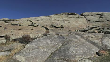 Wyoming-Independence-Rock-with-cracks-pan
