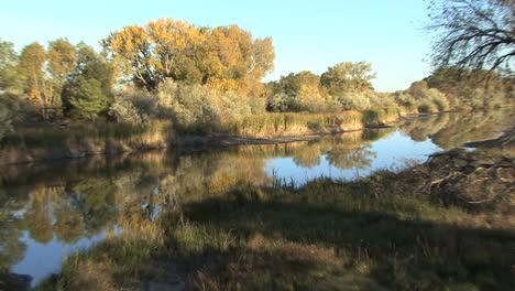 Wyoming-zooms-from-Laramie-river