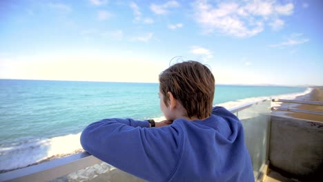 Young-Boy-Looking-Out-Over-Ocean-03