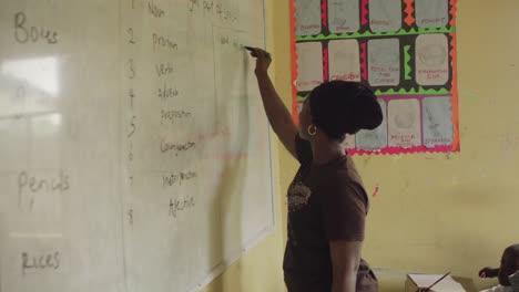 Nigerian-Classroom-Africa-01