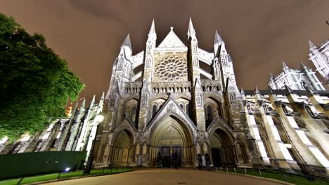 Westminster-Abbey-Timelapse-Night
