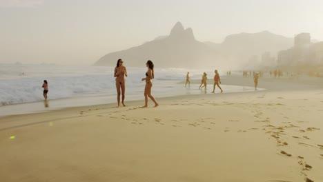 Balneario-Beach-Rio-de-Janeiro