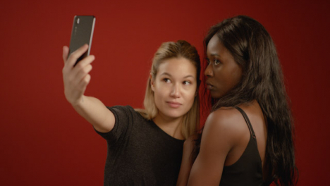 Young-Women-Pout-and-Take-Selfies