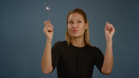 Woman-Dances-With-Sparkler