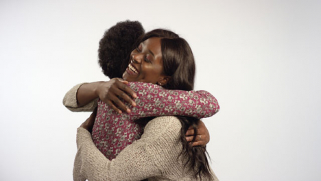 Smiling-Couple-Embrace-in-a-Hug