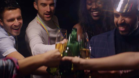 Group-of-Friends-Cheers-their-Drinks
