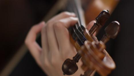 Close-Up-Violinist-Playing-Violin
