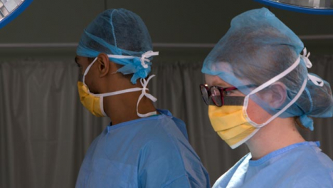 Surgeons-Standing-Looking-At-Away
