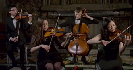 String-Quartet-Playing-Together