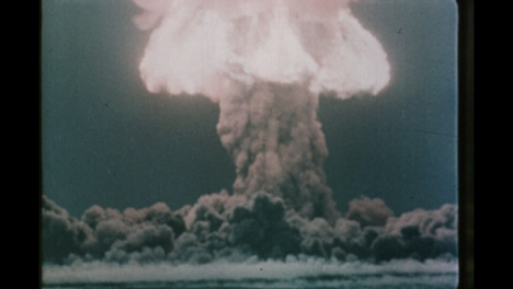 1950s-Soviet-Nuclear-Bomb-Test-Explosion-02