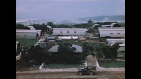 1945-Fat-Man-Y-Little-Boy-Preparativos-De-La-Bomba-Atómica-En-Tinian-Island-004