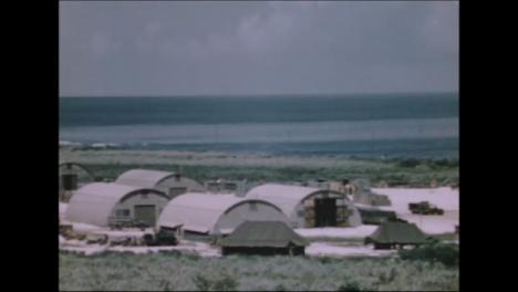 1945-Fat-Man-Y-Little-Boy-Preparativos-De-La-Bomba-Atómica-En-Tinian-Island-007
