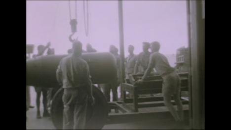 1945-Fat-Man-Y-Little-Boy-Preparativos-De-La-Bomba-Atómica-En-Tinian-Island-011