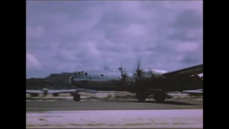 1945-Fat-Man-Y-Little-Boy-Preparativos-De-La-Bomba-Atómica-En-Tinian-Island-024