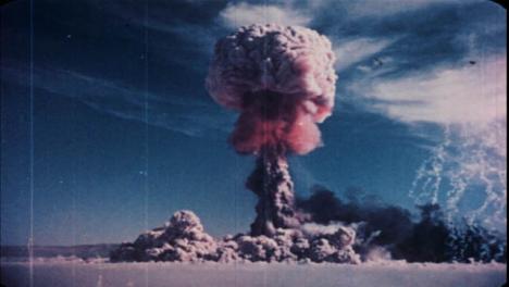 1952-Astloch-Gable-Atombombentest-01