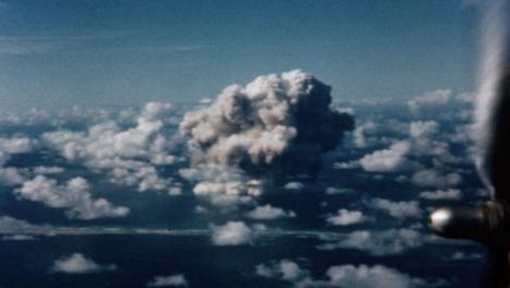 Bomba-Atómica-De-Baker-De-1946-Durante-La-Operación-Crossroads-At-Bikini-Atoll-002