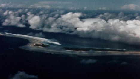 Bomba-Atómica-De-Baker-De-1946-Durante-La-Operación-Crossroads-At-Bikini-Atoll-007