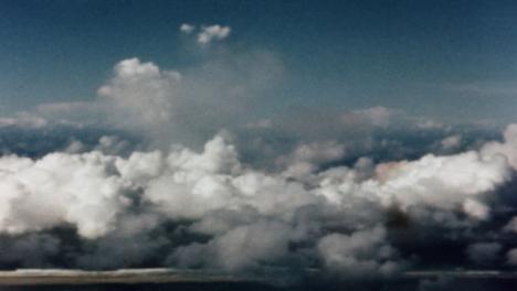1946-Baker-Atomic-Bomb-During-Operation-Crossroads-at-Bikini-Atoll-008