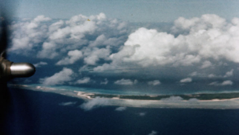 1946-Baker-Atomic-Bomb-During-Operation-Crossroads-at-Bikini-Atoll-009