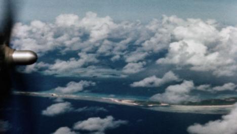 1946-Baker-Atomic-Bomb-During-Operation-Crossroads-at-Bikini-Atoll-011