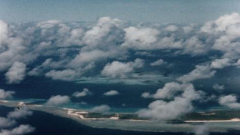 1946-Baker-Atomic-Bomb-During-Operation-Crossroads-at-Bikini-Atoll-012