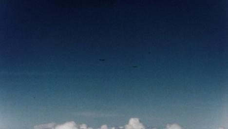 1946-Baker-Atomic-Bomb-During-Operation-Crossroads-at-Bikini-Atoll-014