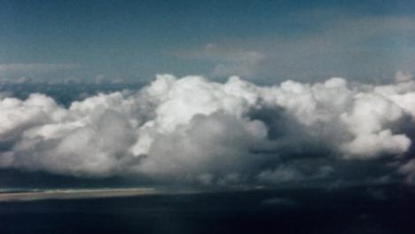 1946-Baker-Atomic-Bomb-During-Operation-Crossroads-at-Bikini-Atoll-017