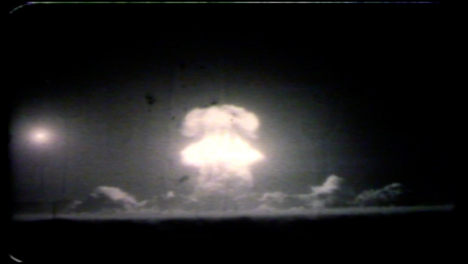 1957-Priscilla-Atomic-Bomb-Blast-During-Operation-Plumbbob-02