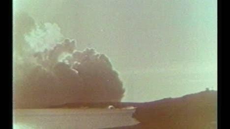 Archiv-Clip-Des-Atombomben-Detonationstests-Mitte-Des-20-Jahrhunderts-11