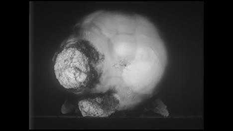 Clip-De-Archivo-De-Explosión-De-Bomba-Nuclear-05