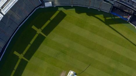 Disparo-De-Drone-Volando-Sobre-El-Campo-De-Cricket-De-Edgbaston-02