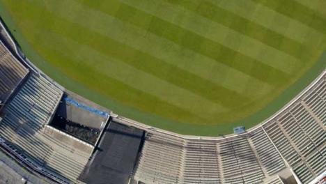 Disparo-De-Drone-Volando-Sobre-El-Campo-De-Cricket-De-Edgbaston-03