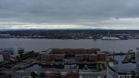 Drone-Shot-Approaching-Royal-Albert-Dock-02