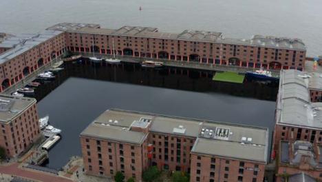 Drone-Shot-Orbitando-Royal-Albert-Dock-04