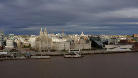 Drone-Shot-Orbiting-The-Three-Graces-And-Mann-Island