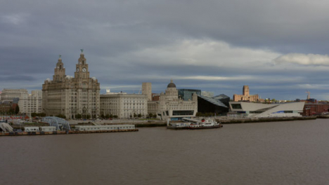 Drone-Shot-Approaching-The-Three-Graces-And-Mann-Island