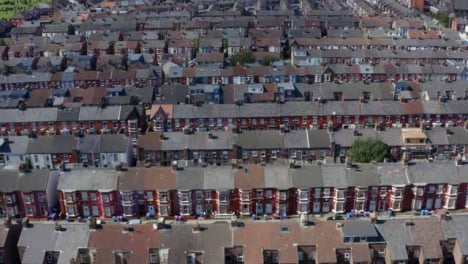 Drone-Shot-Barriendo-La-Urbanización-Wavertree-05