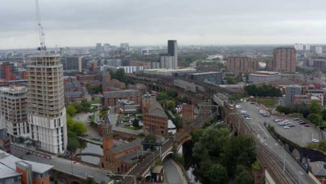 Drone-Shot-Panning-Across-Castlefield-Canals-02