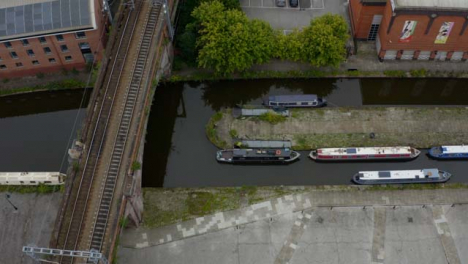 Overhead-Drone-Shot-Panning-Across-Castlefield-Canals-03