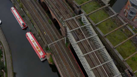 Overhead-Drone-Shot-Panning-Across-Castlefield-Canals-04