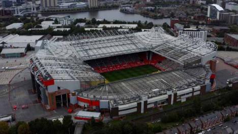 Disparo-De-Dron-Orbitando-El-Estadio-De-Old-Trafford-06